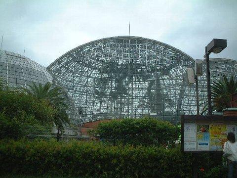 熱帯植物館全景